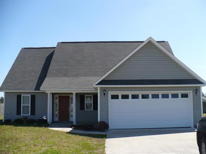108 Cherry Grove Drive, Richlands, NC 28574 - Image 1