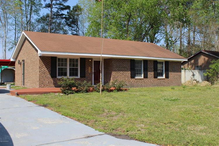 122 Candlewood Drive, Wilmington, NC 28411
