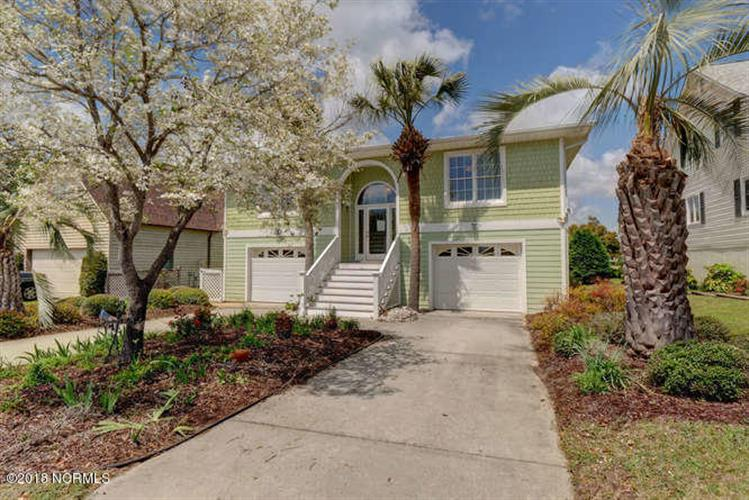 306 Colony Green Court, Wilmington, NC 28412