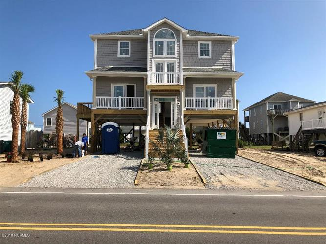1318 N New River Drive, Surf City, NC 28445