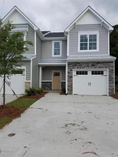 1013 Summer Woods Dr Drive, Wilmington, NC 28412