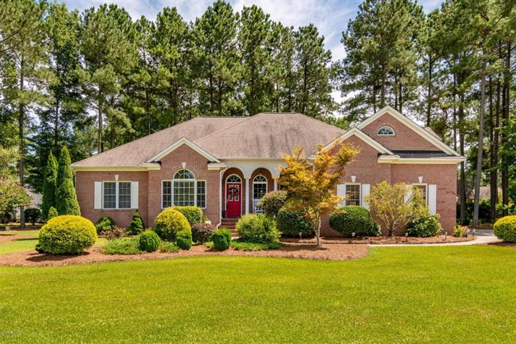 101 Saint Johns Court, Chocowinity, NC 27817