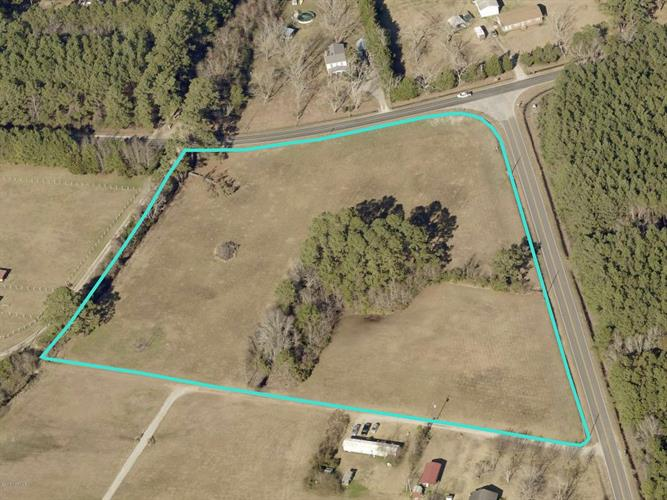 460 Straits Road, Gloucester, NC 28528 - Image 1