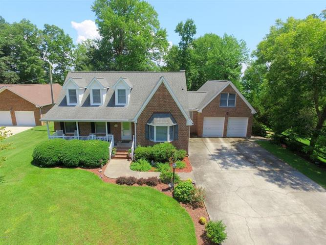808 Shippoint Avenue, New Bern, NC 28560 - Image 1