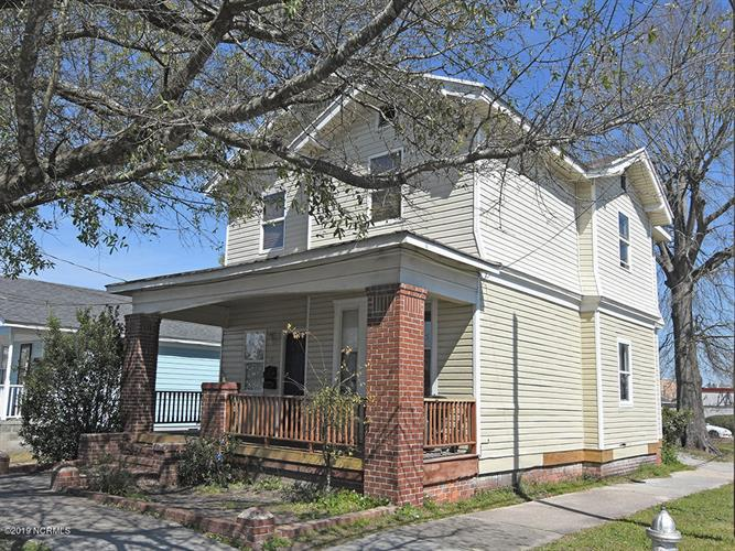 19 S 12th Street, Wilmington, NC 28401 - Image 1