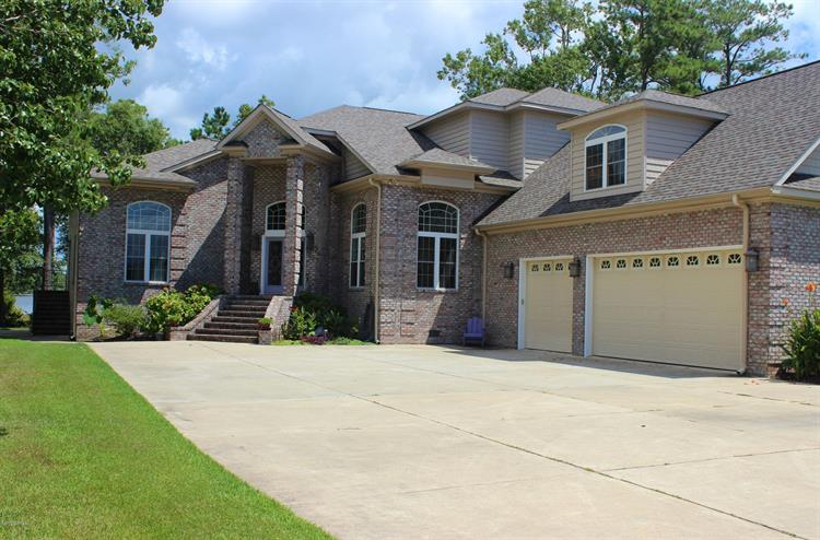 146 Morning Side Drive N, Arapahoe, NC 28510 - Image 1