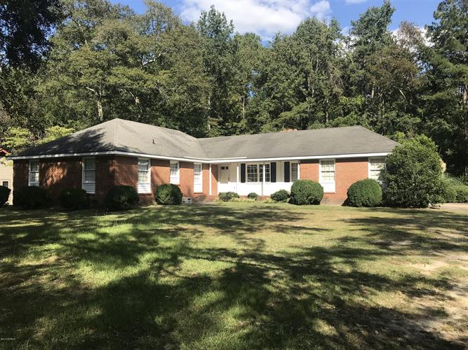 12261 Cypress Drive, Laurinburg, NC 28352 - Image 1