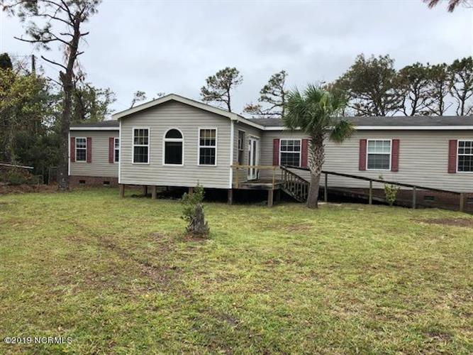165 Yeomans Drive, Harkers Island, NC 28531 - Image 1
