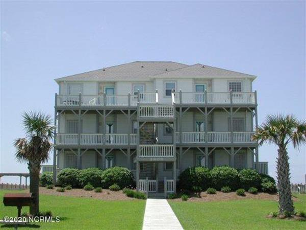 2913 Pointe West Drive, Emerald Isle, NC 28594 - Image 1