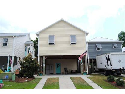 107 James Avenue, Surf City, NC