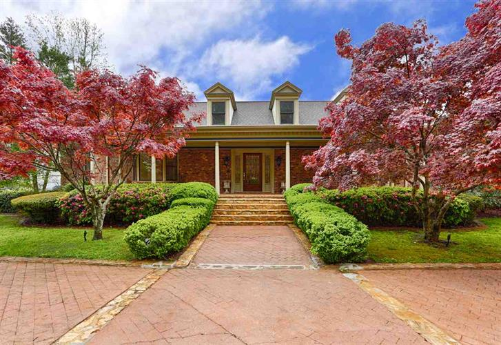 300 BERRY HOLLOW ROAD, Gurley, AL 35748