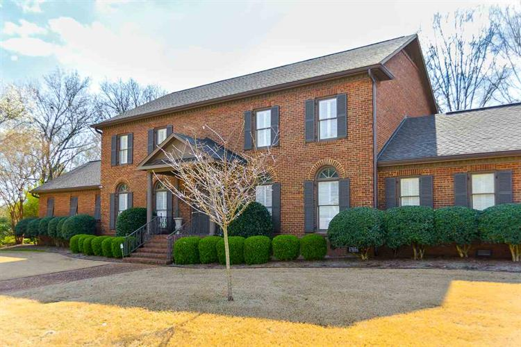 2115 STRATFORD PLACE, Decatur, AL 35601 - Image 1