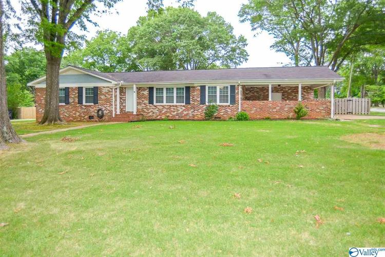 1710 SUMMERLANE SE, Decatur, AL 35601 - Image 1