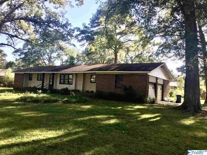 712 WASHINGTON CIRCLE, Hartselle, AL 35640 - Image 1