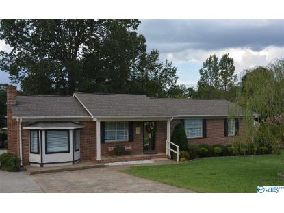 229 LAKEWOOD DRIVE  Scottsboro, AL MLS# 1152709