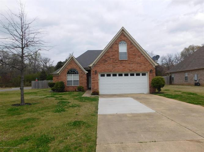 916 Keebler Cove, Southaven, MS 38671