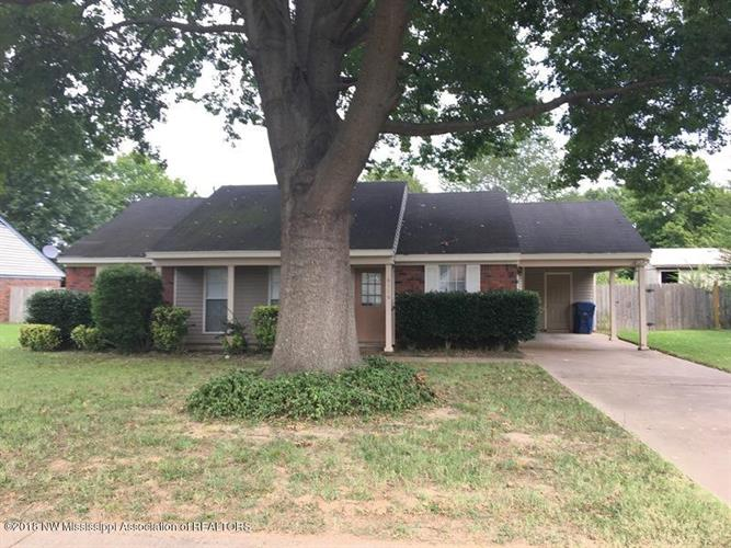 6116 Kensington Circle, Horn Lake, MS 38637