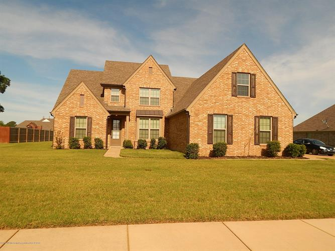 7167 Jefferson Heights Drive, Olive Branch, MS 38654 - Image 1