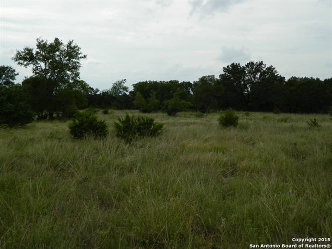 LOT 100 Palomino Springs, Bandera, TX 78003
