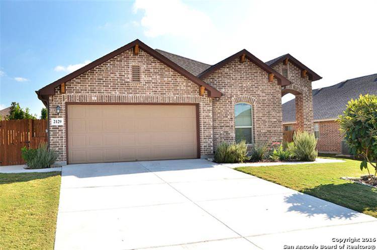 2129 DOVE CROSSING DR, New Braunfels, TX 78130