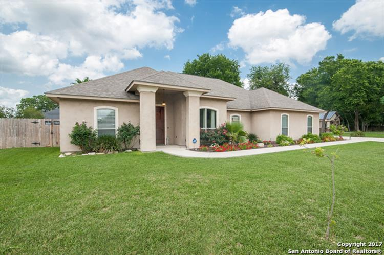 singles in mc queeney Get details of 164 cypress way your dream home in mcqueeney, 78123 and view its photos, videos, amenities and local information.