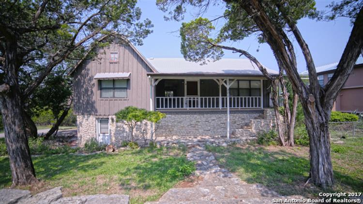 801 HILLSIDE LOOP, Canyon Lake, TX 78133
