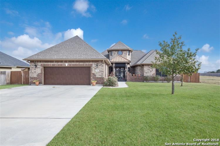 663 Oak Creek Pkwy, Seguin, TX 78155