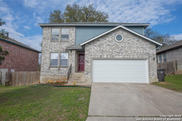 9839 Addersley Dr, San Antonio, TX 78254