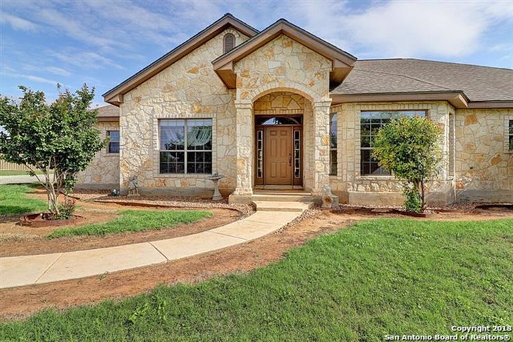 1720 COUNTY ROAD 300, Jourdanton, TX 78026 - Image 1