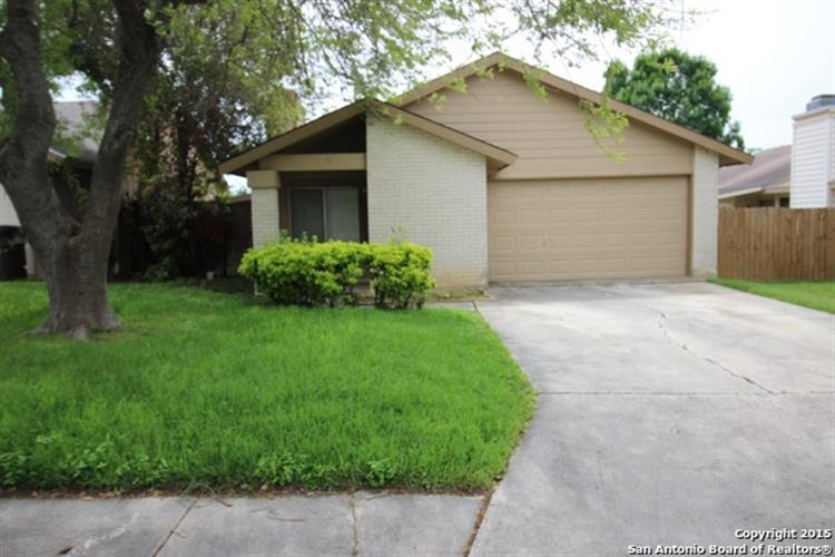 16615 CRESTED BUTTE ST, San Antonio, TX 78247