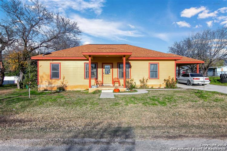 302 Palfrey St , Natalia TX 78059 For Sale, MLS # 1355982, Weichert com