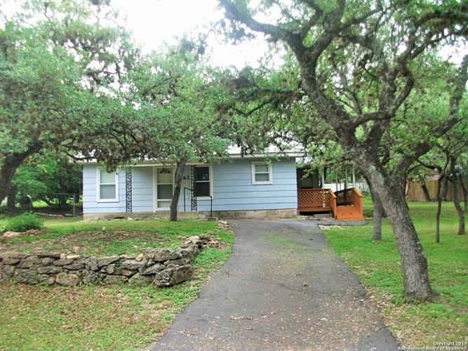 562 RIDGEROCK DR, Canyon Lake, TX 78133 - Image 1