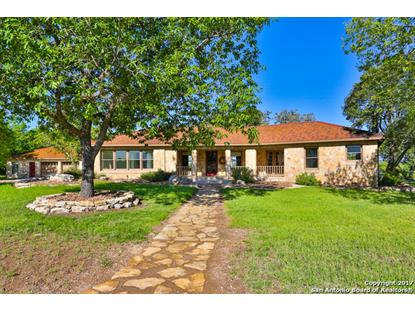 400 Cielo Rio Dr , Pipe Creek, TX