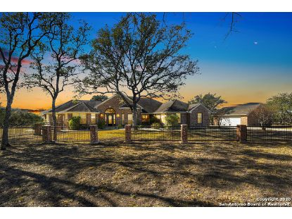 150 SUMMER GLEN LN  New Braunfels, TX MLS# 1500391