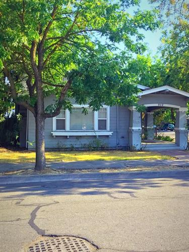 948 West Poplar Street, Stockton, CA 95203