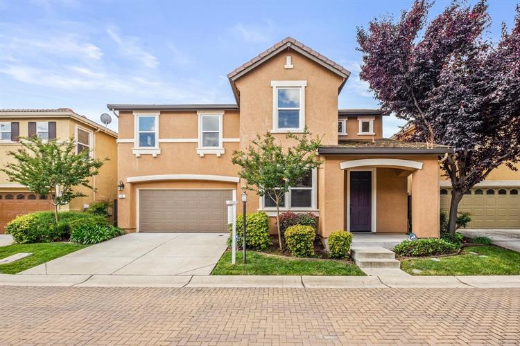 15 Bellows Pond Place, Sacramento, CA 95835 - Image 1
