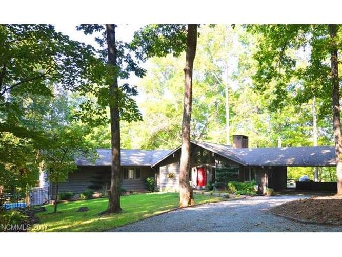 649 Club Road, Tryon, NC 28782
