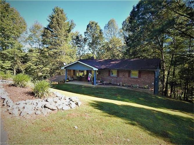 122 Mccall Road, Pisgah Forest, NC 28768