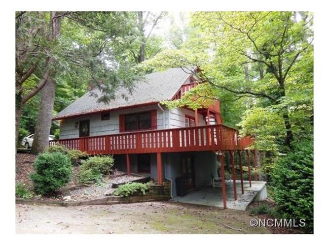 125 Village Road, Lake Lure, NC 28746
