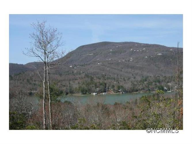HM-29 Hawk Mountain Road, Lake Toxaway, NC 28747