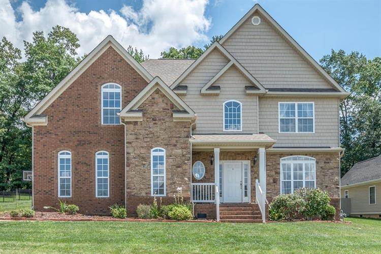 1463 Courtland Dr, Hixson, TN 37343