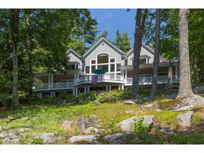 78 Spruce Road, Wolfeboro, NH 03894
