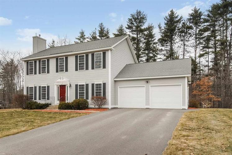 3 Windmere Drive, Raymond, NH 03077