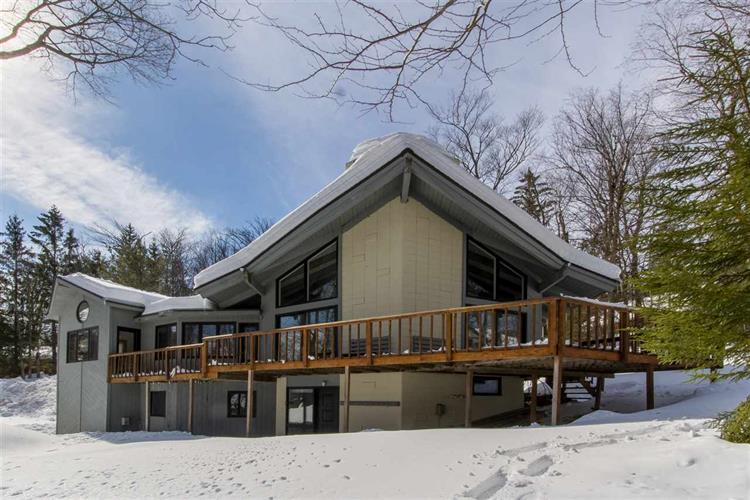 6 Founders Hill Road, Winhall, VT 05340