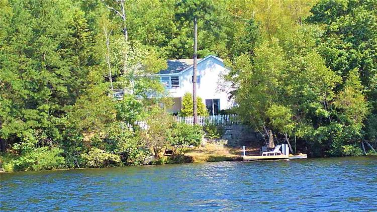 220 Pickerel Point Road, Wakefield, NH 03872