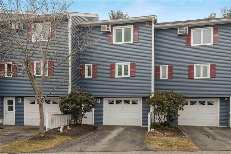 76 Seabury, Hampton, NH 03842