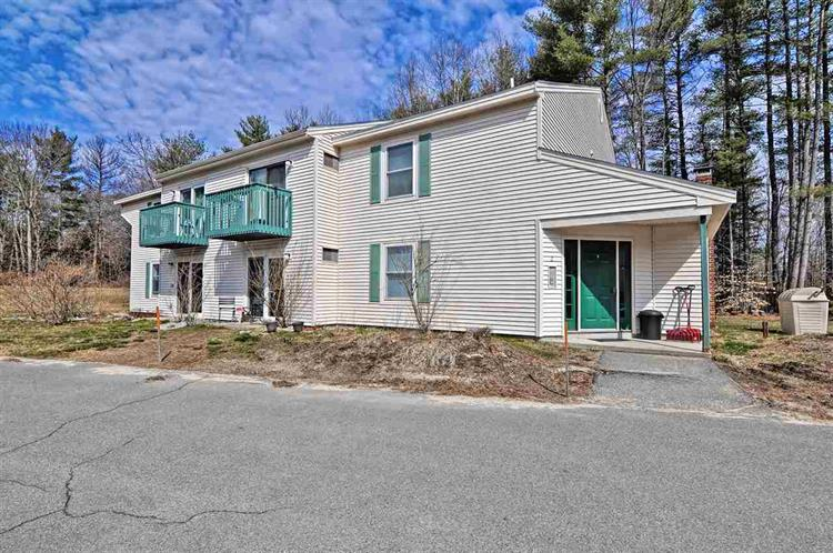 5 Washington Street, Goffstown, NH 03045