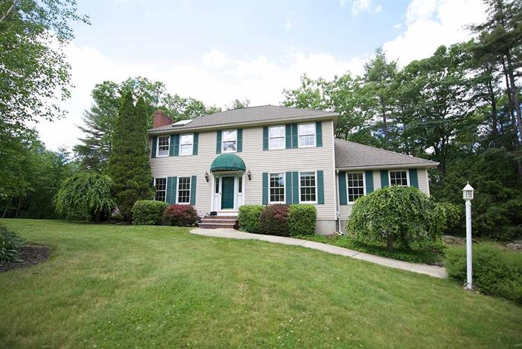 3 Cranberry Meadow Road, Sandown, NH 03873