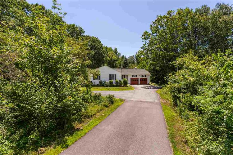 324 Chestnut Hill Road, Rochester, NH 03867