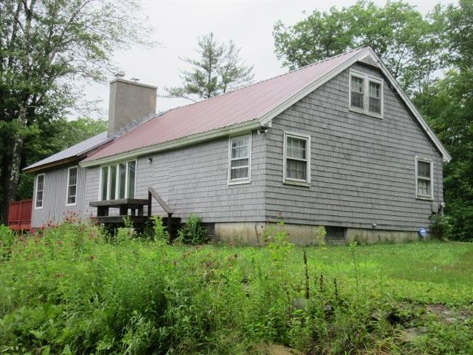 118 Valley Cemetery Road, Athens, VT 05143 - Image 1